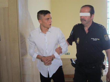 Condenados dos jóvenes a 16 y 15 años y medio de prisión por la agresión grupal a una menor en un portal de Jaén