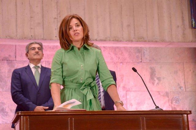 Teresa Cruz toma posesión como consejera de Sanidad del Gobierno de Canarias
