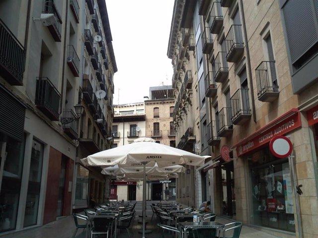 Zona de terrazas en la ciudad de Huesca.