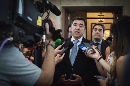 """El PP reclama al Gobierno que solo apruebe una 'tasa Google' """"de forma simultánea"""" con la OCDE o la UE"""