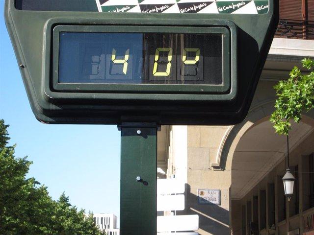 Termómetro que marca 40º