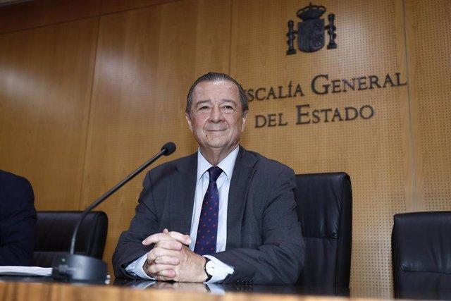 El Fiscal Coordinador de Seguridad Vial, Bartolomé Vargas, ofrece una rueda de prensa para informar sobre la respuesta penal de la Fiscalía ante el progresivo consumo de drogas en la conducción.