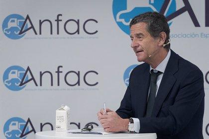 Anfac defiende un plan de incentivo para coches de combustión y eléctricos ante los fallidos Moves
