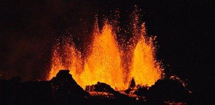Cronómetro mineral para estimar la siguiente erupción de un volcán