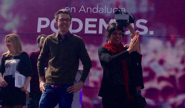 Errejón y Teresa Rodríguez en un acto en Granada