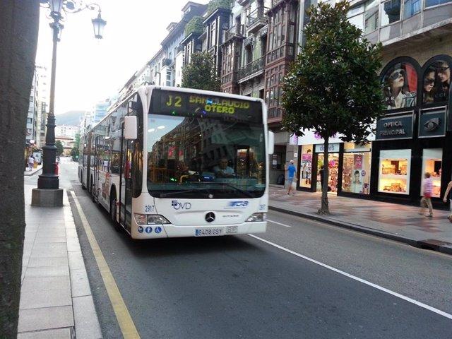 Autobús urbano en Oviedo, TUA.