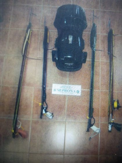 Pesca.- Decomisan en Algeciras un autopropulsor submarino no autorizado para pesca submarina