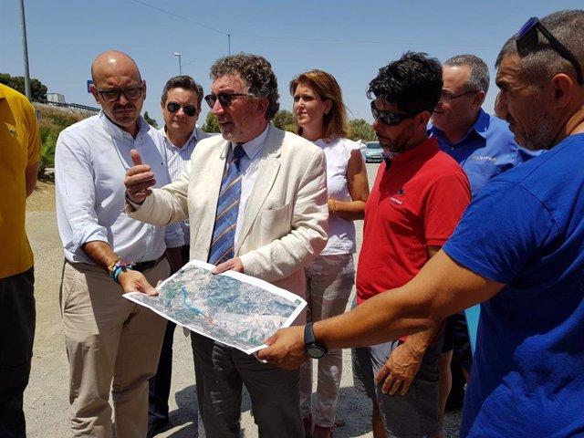 Secretario general de Infraestructuras, Movilidad y Ordenación del Territorio, Andrés Gutiérrez Istria, se reúne con el alcalde de Cártama (Málaga), Jorge Gallardo;y  la delegada territorial de Fomento, Carmen Casero.