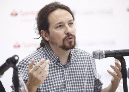 Pablo Iglesias arrenuncia a tar nel Gobiernu si nun hai más vetos y la presencia de Xuníes Podemos ye proporcional