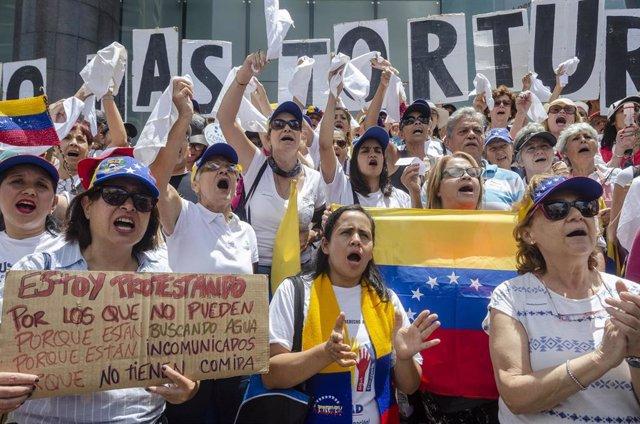 Manifestación por la muerte del capitán de corbeta Rafael Acosta por supuestas torturas de las fuerzas 'chavistas'