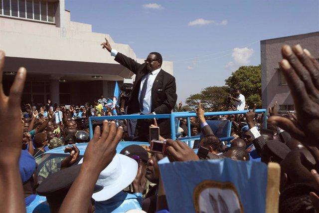 El presidente de Malaui, Peter Mutharika, tras su victoria en las elecciones de 2014