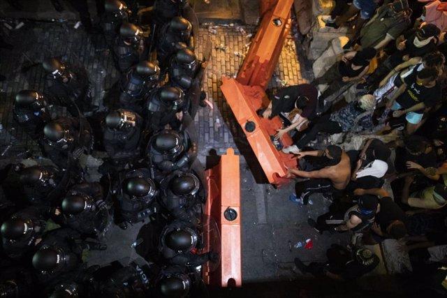 Manifestación en Puerto Rico para exigir la dimisión del Gobernador Roselló