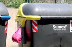 """Calafell """"escarmenta"""" més de vint veïns amb multes de 750 euros per haver deixat la brossa fora dels contenidors (ACN)"""