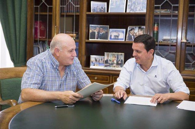 El alcalde de Padules y el presidente de la Diputación de Almería