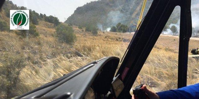 Imagen de las tareas de extinción del conato de incendio