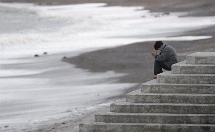 Fukushima abre a los bañistas la playa de Kitaizumi ocho años después de la catástrofe nuclear
