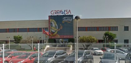 Un herido en el incendio de una planta de Grefusa en Alzira