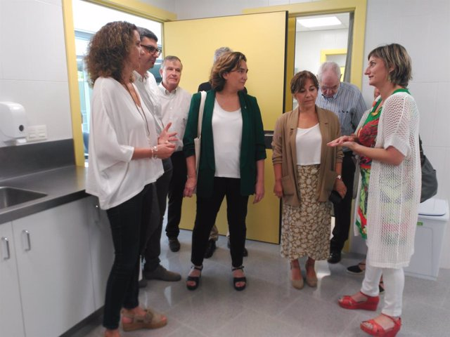 La consellera Ada Colau i la consellera Alba Vergés