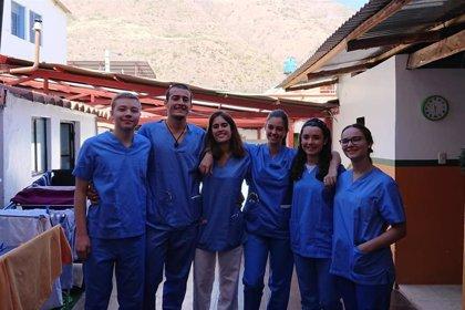 Siete estudiantes de Medicina de la Universidad de Navarra viajan a Perú para enseñar a salvar vidas