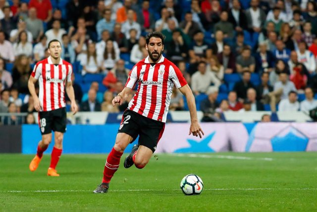 Raul Garcia of Athletic during the Santander League (La Liga) soccer match played at Santiago Bernabeu Stadium, Madrid, Spain, between Real Madrid and Athletic Club Bilbao, Apr 18th 2018.
