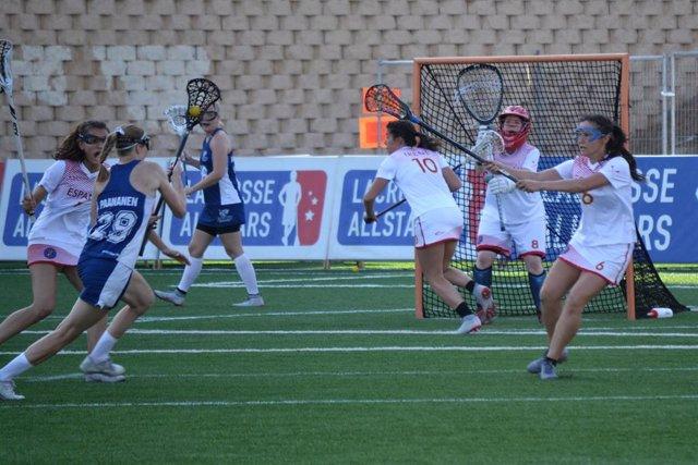 La selección femenina cae ante la República Checa en su tercer partido del Europeo de Lacrosse