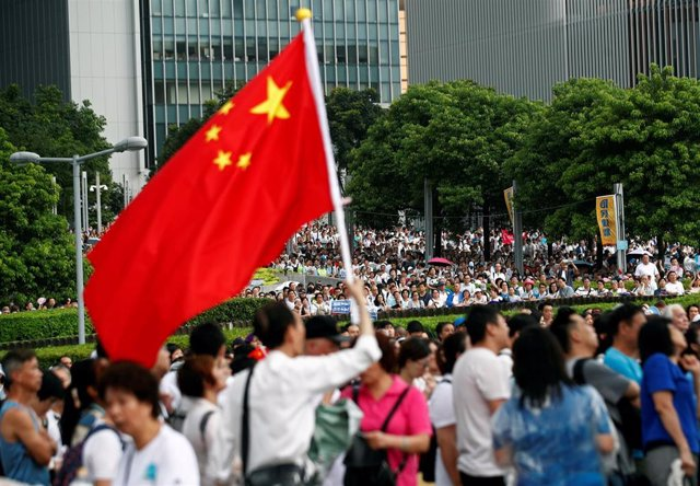 Manifestación a favor de China en Hong Kong