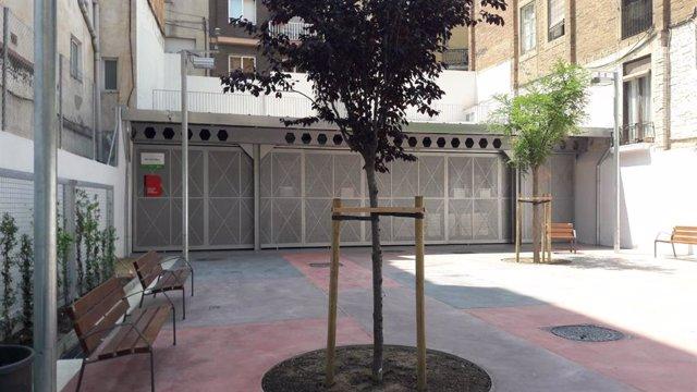 Punto verde en la avenida Vallcarca de Barcelona, en el distrito de Gràcia.