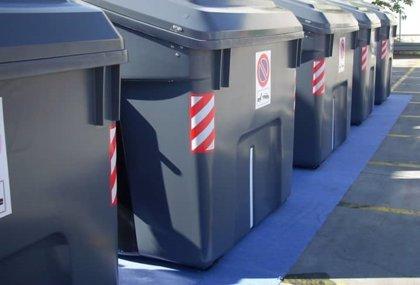 La empresa municipal de limpieza compra 650 contenedores de residuos por unos 260.000 euros