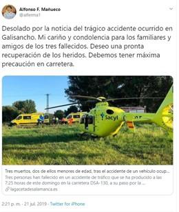 """Tuit de Alfonso Fernández Mañueco en el que muestra sus """"condelencias"""" a la familia y los amigos de los fallecidos en el accidente de Galisancho (Salamanca)."""