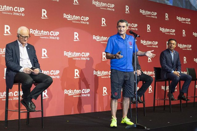 21 July 2019, Japan, Tokyo: FC Barcelona Manager Ernesto Valverde (C) speaks during a reception party for the Rakuten Cup at ANA InterContinental Tokyo. Photo: Rodrigo Reyes Marin/ZUMA Wire/dpa