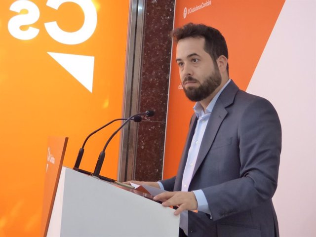 """Carrillo (Cs) cree que PSOE y Vox tienen que explicar """"su bloqueo"""" al presupuesto que """"tapa carencias"""" de anteriores"""