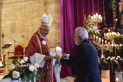 """Santalices pide no Cristo dos Afligidos que """"a procura do ben común sexa obxectivo dos servidores públicos"""""""