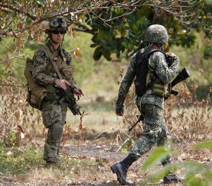 Washington asegura que el avión venezolano siguió de forma agresiva a la aeronave militar estadounidense