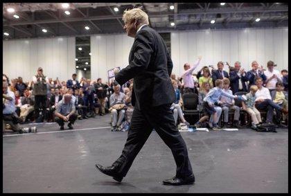 Johnson propone negociar un acuerdo de libre comercio con la UE tras su salida del bloque en octubre