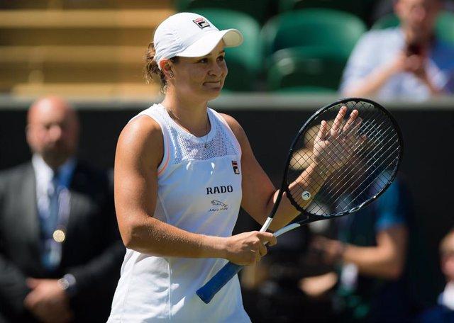 Ashleigh Barty durante un partido en Wimbledon 2019