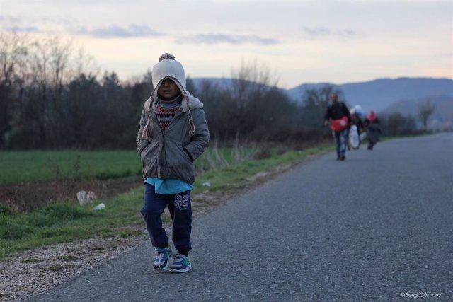 Entreculturas, Radio ECCA, la Red Canaria de Escuelas Solidarias de la Palma y Paz En Construcción, solicitan firmas a través de Visibles.Org para visibilizar a los miles de menores extranjeros que desaparecen al llegar a Europa y viajan solos.