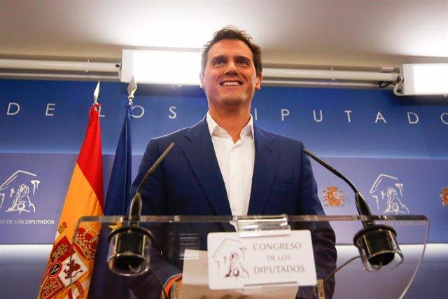 El presidente de Ciudadanos, Albert Rivera, ofrece una rueda de prensa sobre asuntos de actualidad en el Congreso de los Diputados.