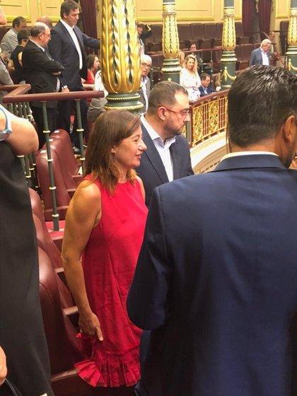 """Armengol dice que Baleares """"necesita urgentemente"""" un Gobierno """"sólido"""" liderado por Pedro Sánchez"""