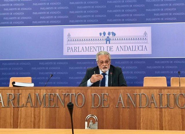 El defensor del Pueblo Andaluz en funciones, Jesús Maeztu, en una imagen de archivo.
