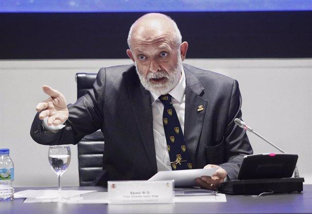 El director general de la Guardia Civil, Félix Azón Vilas