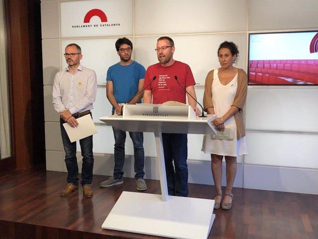 Josep Costa (JxCat), Lucas Silvano (Comuns), Vidal Aragonès (CUP) y Irene Fornós (ERC)