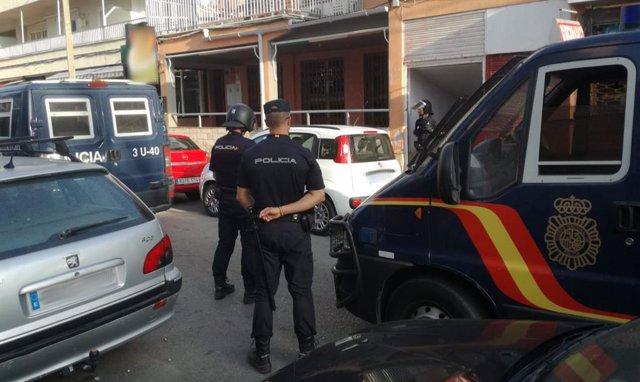 Imagen de un operativo de la Policía Nacional en un local de ocio de Palma.