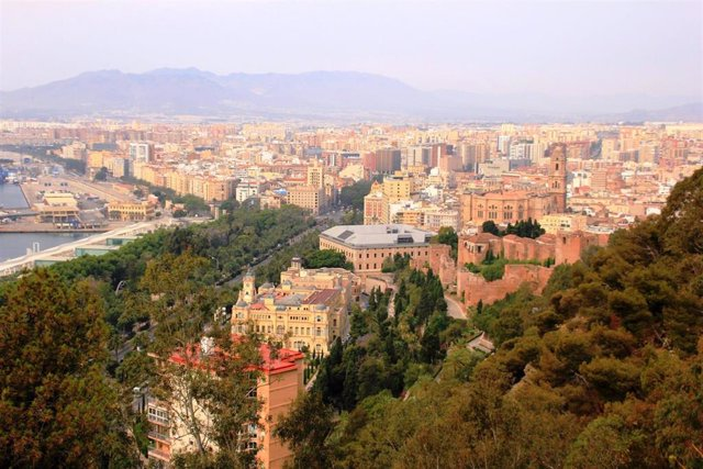 Vista de Málaga capital turismo ciudad