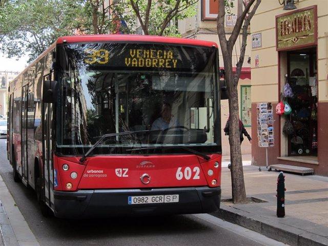 Autobus urbano de Zaragoza.