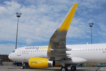 """Una joven asegura que Vueling denegó el embarque a su hermana en un vuelo desde Palma """"por llevar un body escotado"""""""