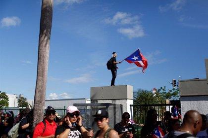 Miles de personas salen a las calles de Puerto Rico para exigir la dimisión inmediata del gobernador Rosselló
