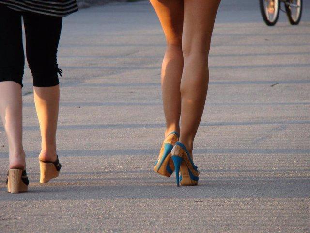 Prostitución, mujer con tacones