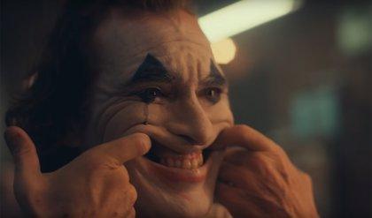 Detenido un hombre con una máscara del Joker en una playa de Los Ángeles
