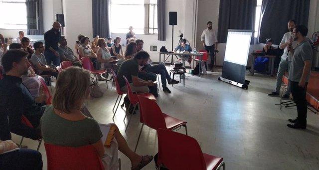 Asistentes al encuentro de Lanzaderas de Empleo celebrado hoy en Turín (Italia)