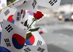 Corea del Sud fa dos trets d'advertiment contra un avió militar rus que va violar el seu espai aeri (REUTERS / JORGE SILVA - Archivo)